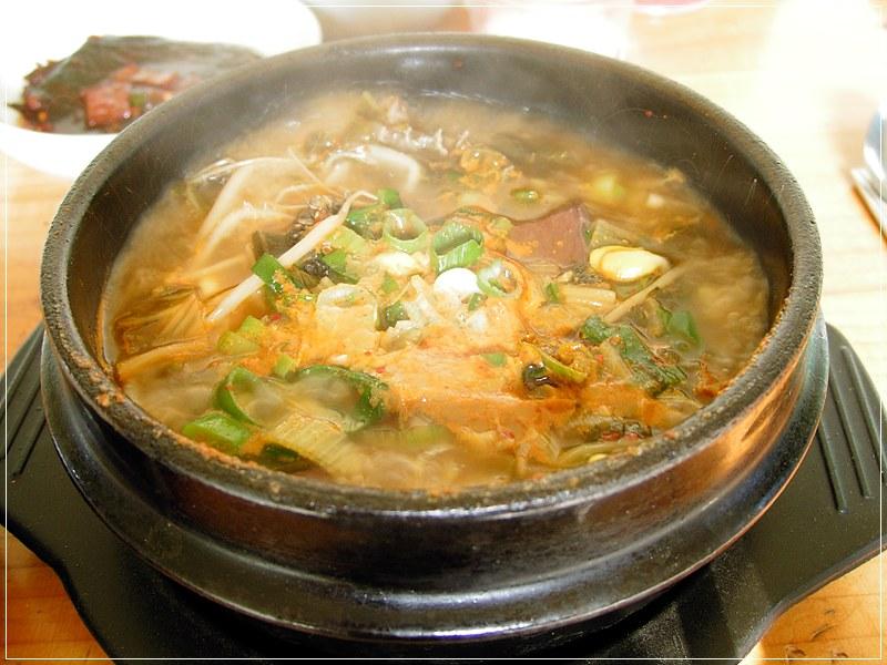 Korean_soup-Seonjiguk-01