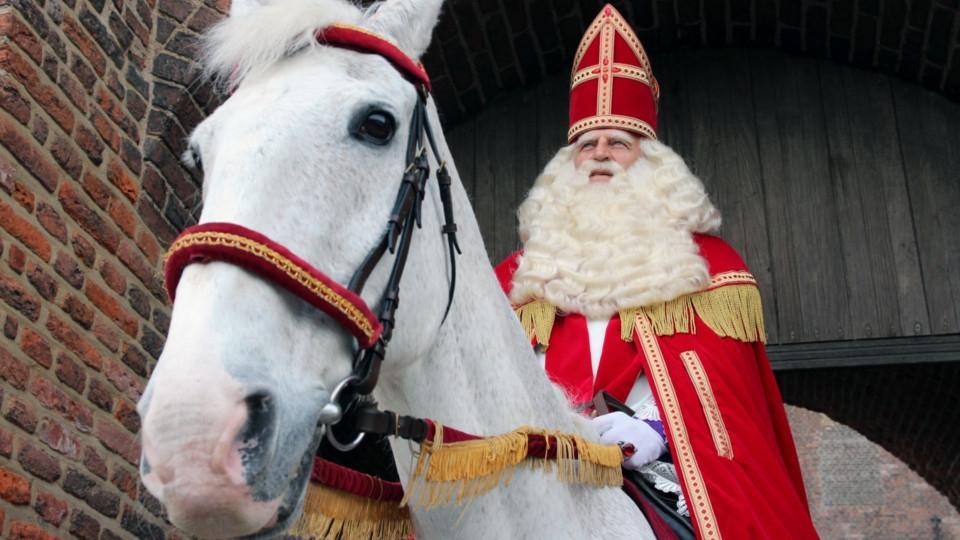 Sinterklaas-Gouden-Hoefijzer_still2